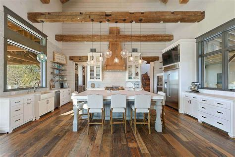 fresh farmhouse designed  reclaimed timbers  texas