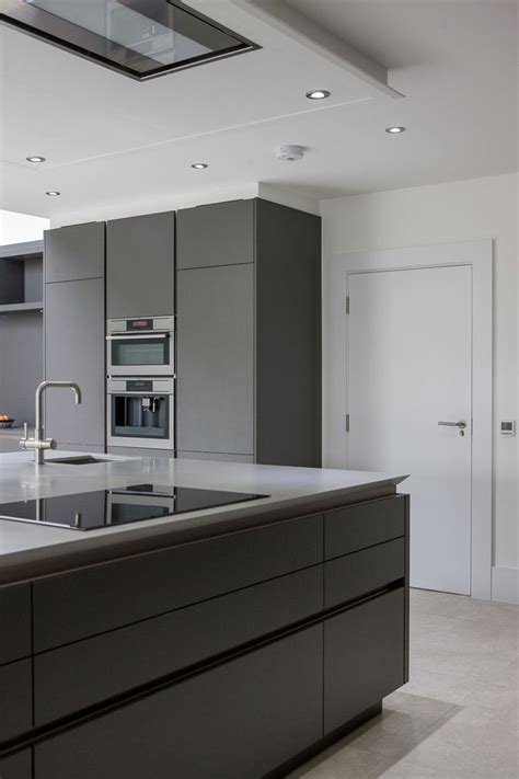what of paint for kitchen cabinets best 25 warm grey ideas on warm grey kitchen 2145