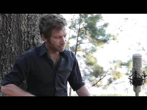 Owen Campbell performs Mountain Home