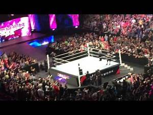 Crowd go crazy when Bret The Hitman Hart surprise return to WWE RAW Montreal 5/4/15