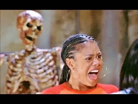 2001 - Scary Movie 2 - Skeleton scene