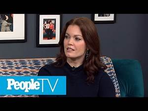 Bellamy Young Gushes About 'Prodigal Son' Co-star, Michael Sheen | PeopleTV | Entertainment Weekly