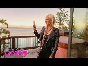 Lana steals Paige and Nia Jax's room: Total Divas Preview Clip, Nov. 7, 2018