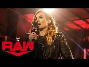 WWE's Becky Lynch shows off abs and looks totally ripped six months after giving birth