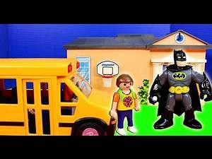Imaginext Nightwing saves Batman From Joker in Superboy Playmobile Dream school Bus