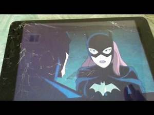Batman the killing joke: batman and batgirl kiss
