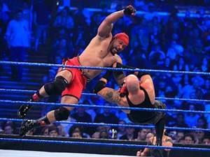 SmackDown: MVP vs. Luke Gallows