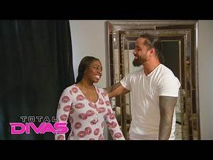 Jimmy is suspicious about Naomi's attempt at eating clean for a week: Total Divas Bonus, Oct 3, 2018