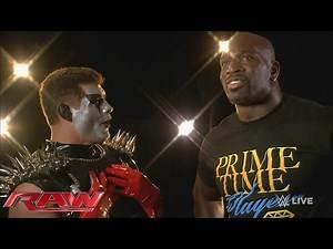 Titus O'Neil invades the Star Room: Raw, November 23, 2015