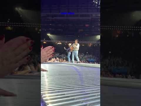 Garth Brooks Friends In Low Places Detroit 2/22/20
