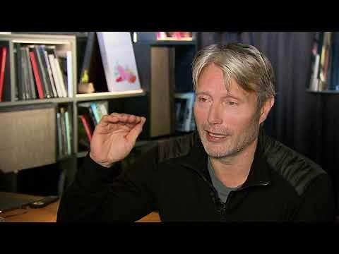 ANOTHER ROUND Mads Mikkelsen full Interview DER RAUSCH - spricht deutsch - drinking alcohol movie