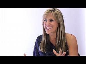 Lilian Garcia Interview: On WWE career, 9/11, announcing mistakes, singing & getting in the ring!