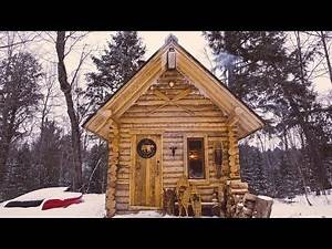 Off Grid Log Cabin: Primitive Clay Daub and Wood Fired Cast Iron Pizza