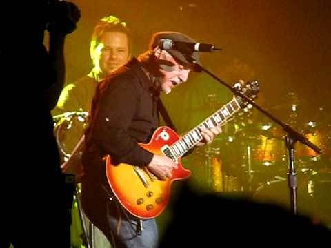 Phil Keaggy AMAZING guitar solo!