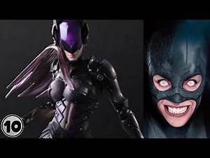 Top 10 Scary Catwoman Alternate Versions