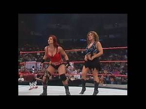 06-05-06 | Victoria (with Mickie James) vs Beth Phoenix (with Trish Stratus) | WWE Raw
