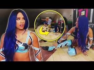 """Sasha Banks BREAKS HER SILENCE About Her NEW Devastating INJURY - """"I Can't Even Walk"""" (WWE)"""