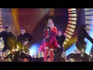 LOLA INDIGO Lola Bunny Ya no quiero na (Directo) live