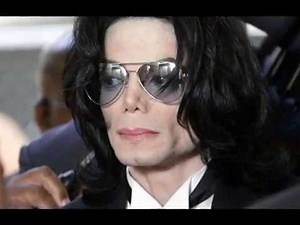 Michael Jackson Biography | American Singer & Songwriter - Biography, Albums