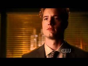 Smallville- 10.03 (Supergirl) Green Arrow Reveal.mp4