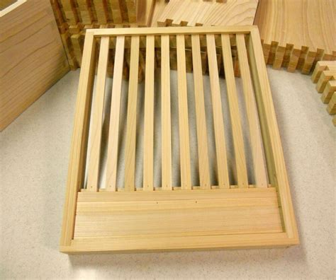 10 Frame Slatted Rack Plans