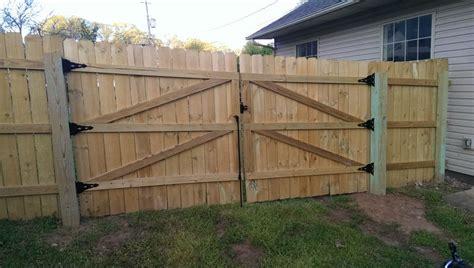 12-Foot-Wooden-Gate-Plans