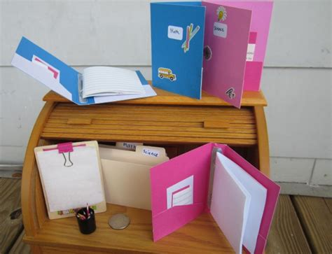 18-Doll-School-Desk-Plans