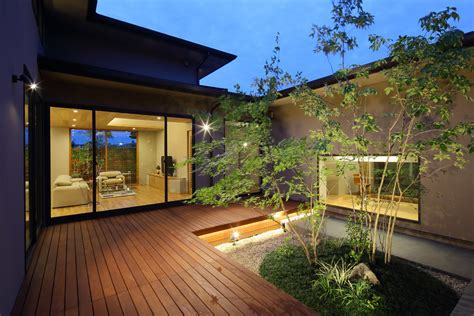 18 outstanding asian deck designs with ideas you can use in your backyard Image