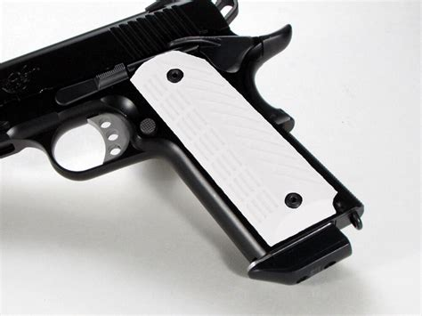 1911 Grips With Ambi Safety