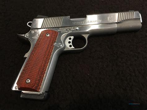 1911 Springfield Safety Grip Wilson Combat