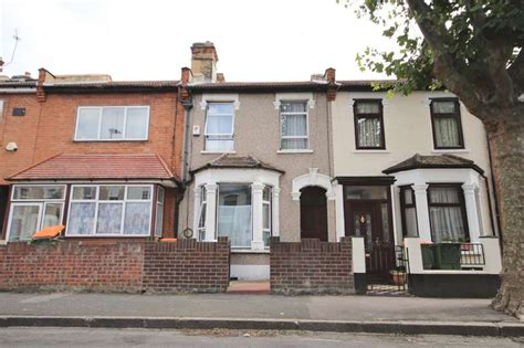 3 Bedroom House For Sale In East Ham Iphone Wallpapers Free Beautiful  HD Wallpapers, Images Over 1000+ [getprihce.gq]