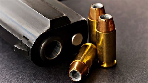 357 Sig Or 40 Cal For Self Defense