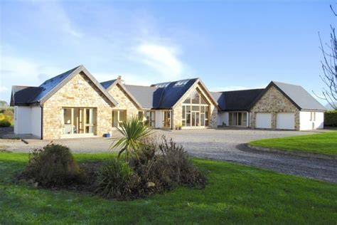 4-Bed-Bungalow-House-Plans-Ireland