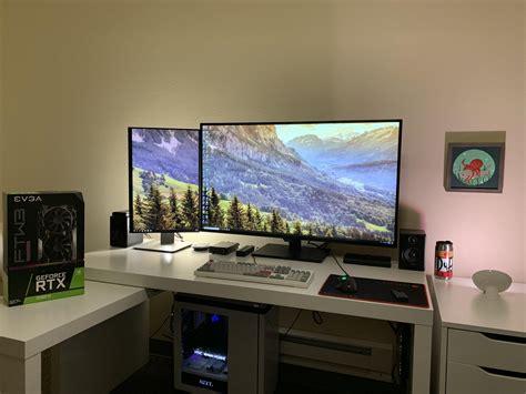 43 Computer Monitor