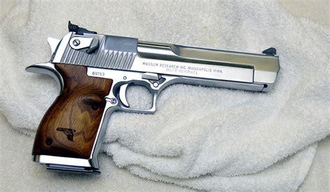 Desert-Eagle 44 Magnum Vs Desert Eagle Mwr.