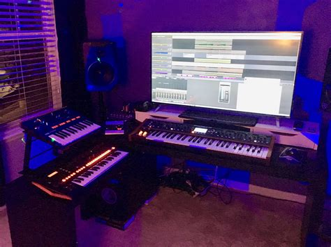 48-Studio-Desk-Plans