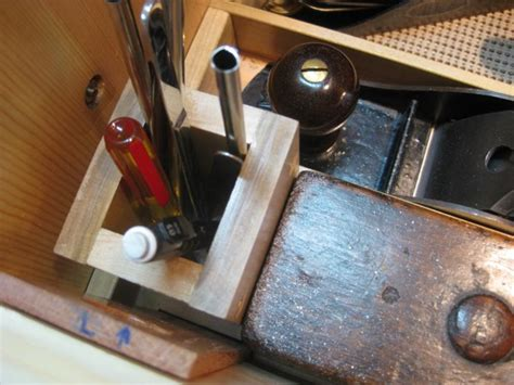 7-Essential-Woodworking-Hand-Tools