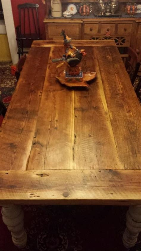 7-Ft-Rustic-Farm-Table