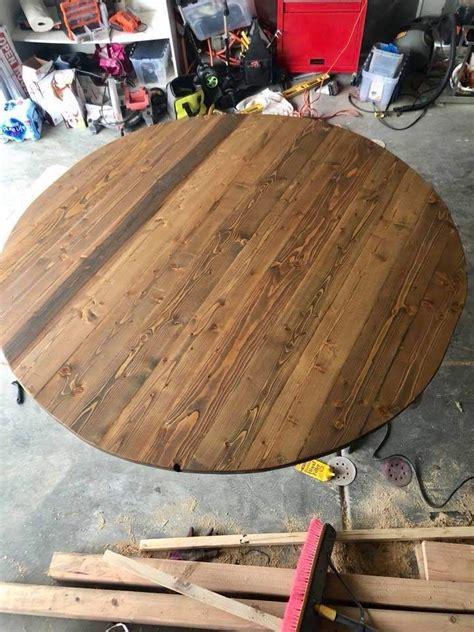 8 Person Round Table DIY