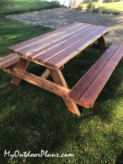 8-Foot-Picnic-Table-Diy