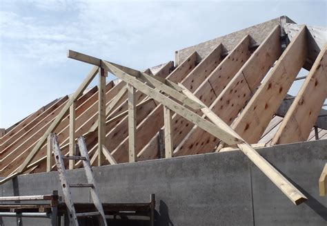 A Frame Roof Construction