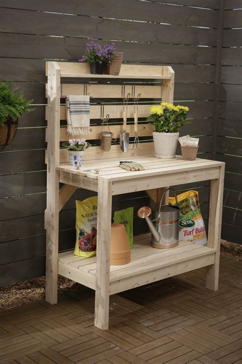 A Simple Potting Bench Plans