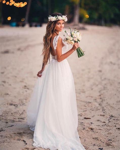 A Perfect Wedding Dress for a Valentine Wedding