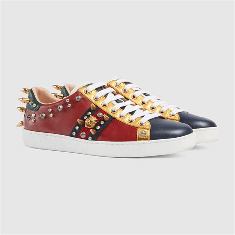 Ace Studded Leather Low Top Sneaker Gucci