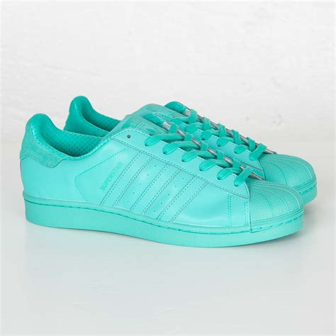 Adidas Men's Superstar Adicolor Fashion Sneaker