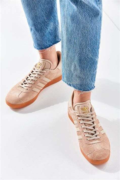 Adidas Originals Suede Gum Sole Gazelle Sneaker Tan