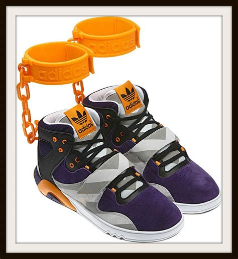 Adidas Sneakers Good In The Winde