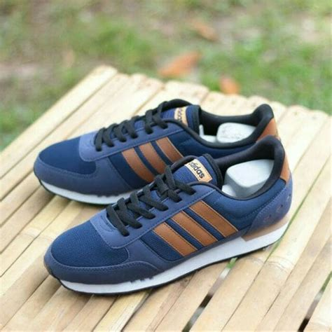 Adidas Sneakers Indonesia