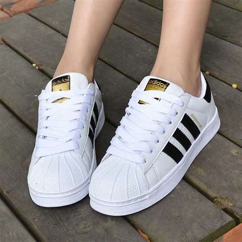 Adidas Sneakers Shoes For Women Classic Black