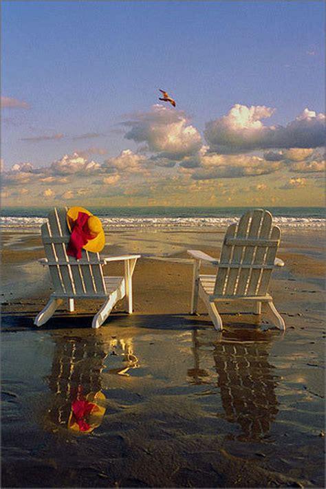 Adirondack-Chair-Beach-Scene